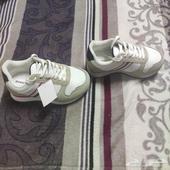 حذاء مريح ونظيف