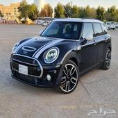 Mini cooper S Clubman 2017 JCW customized.