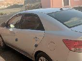 كيا سيراتو 2012 نظيف