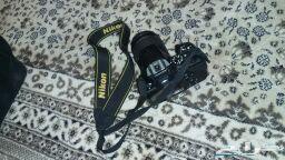 للبيع كاميرا نضيف جدا   ( نايكون )