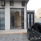 محل للإيجار في حي لبن .. غرب الرياض
