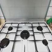 فرن غاز ممتاز نظيف وشغال واغراض مطبخ