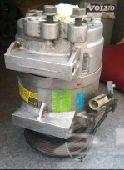 للبيع قطع غيار فولفو s60 2003