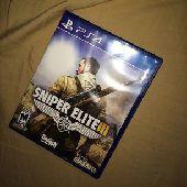 للبيع شريطين PS4