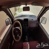 سيارة ددسن موديلها  2011