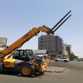 Rent a forklift and cranes in Riyadh