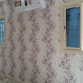 ورق جدران الشرقيه  nيوجد فني تركيب ورق وصباغ