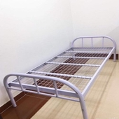 سرير حديد ابيض راسيما ب 100 ريال