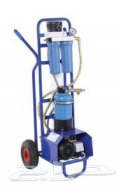 تنظيف واجهات مباني بتقنية المياه النقية