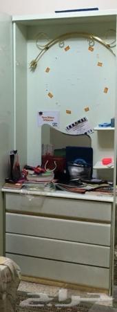 مكتب للدراسة مع خزانة ادراج