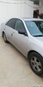 سيارة كامري 2003 للبيع