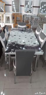 طاولة طعام جديدة