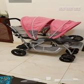عربية اطفال توأم للبيع