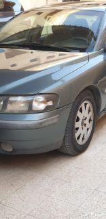 سياره فولفو 2002 للبيع