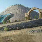 مقاول بناء حجر وتفكيك صخور في جده وماحولها