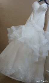 فستان زفاف .