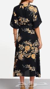 فستان اسود للبيع اتمنى منكم الجدية