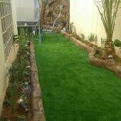 عشب صناعي وطبيعي تنسيق حدائق واشجار وورودونخل