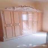 غرفه نوم و ركنه كبيره للبيع