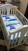 سرير اطفال من سنتر بوينت مع المرتبه نظيف جدا