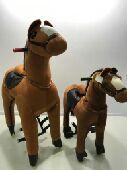 لعبة الحصان المتحرك بعجلات