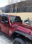 للبيع سيارة جيب رانجلر 2013