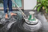 شركة تنظيف المنازل مع تلميع السيراميك والرخام
