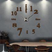 ساعات حائط كبيرة