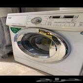 غسالة LG بحاله ممتازه ونظيفه ومغسلتين رخام