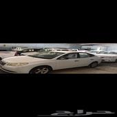 سياره للبيع انترى 210 ماشيه 300 نظيفه الحد 15 الف