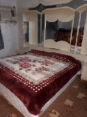 سرير مزدوج و 2 كومدينة لوجه الله