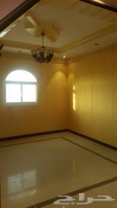 شقة للبيع بلبن 5 غرف وصالة مدخلين بسعر مغر