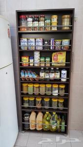 دولاب المطبخ المخفي لتخزين المقاضى