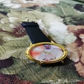 ساعة يد ( الملك خالد ) رحمه الله