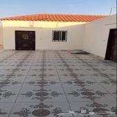 استراحة للايجار في حي عريض جنوب الرياض تتكون من مجلس 6ف5 وم