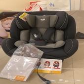 للبيع كرسي السيارة للاطفال ماركة جوي