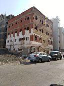 عمارة للبيع في حي الروضة (جدة)