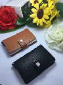 محفظة  البطاقات ذات تصميم الفاخره