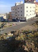 عمارة4أدوار8شقق مع غرف سائقين ومواقف على2شارع