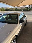 فوورد فكتوريا نظيف للبيع 2011