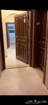 شقة عوائل للايجار 5 غرف موقع ممتاز كل الخدمات