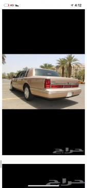 لينكون تاون كار 1996 ماشي 72 الف فقط سعودي