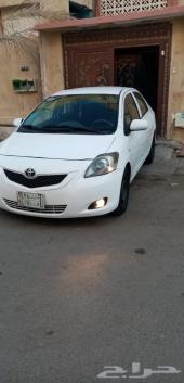 للبيع سيارة يارس 2012