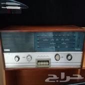 راديو قديم نضيف جدا