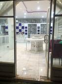 محل للايجار في حي الروضة في الرياض
