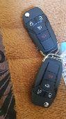 مفاتيح فورد فيوجن ودوج شارجر