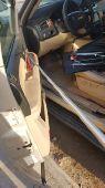ادوات فك باب السيارةعند نسيان المفتاح بالداخل