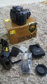 كاميرا نيكون 5300 استعمال قليل جدا علي السوم