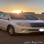 للبيع جيب VXR 2010 فل كامل سعودي