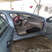 سياره يارس 2011 للبيع